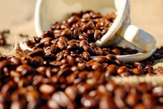 تاثیر قهوه بر معده